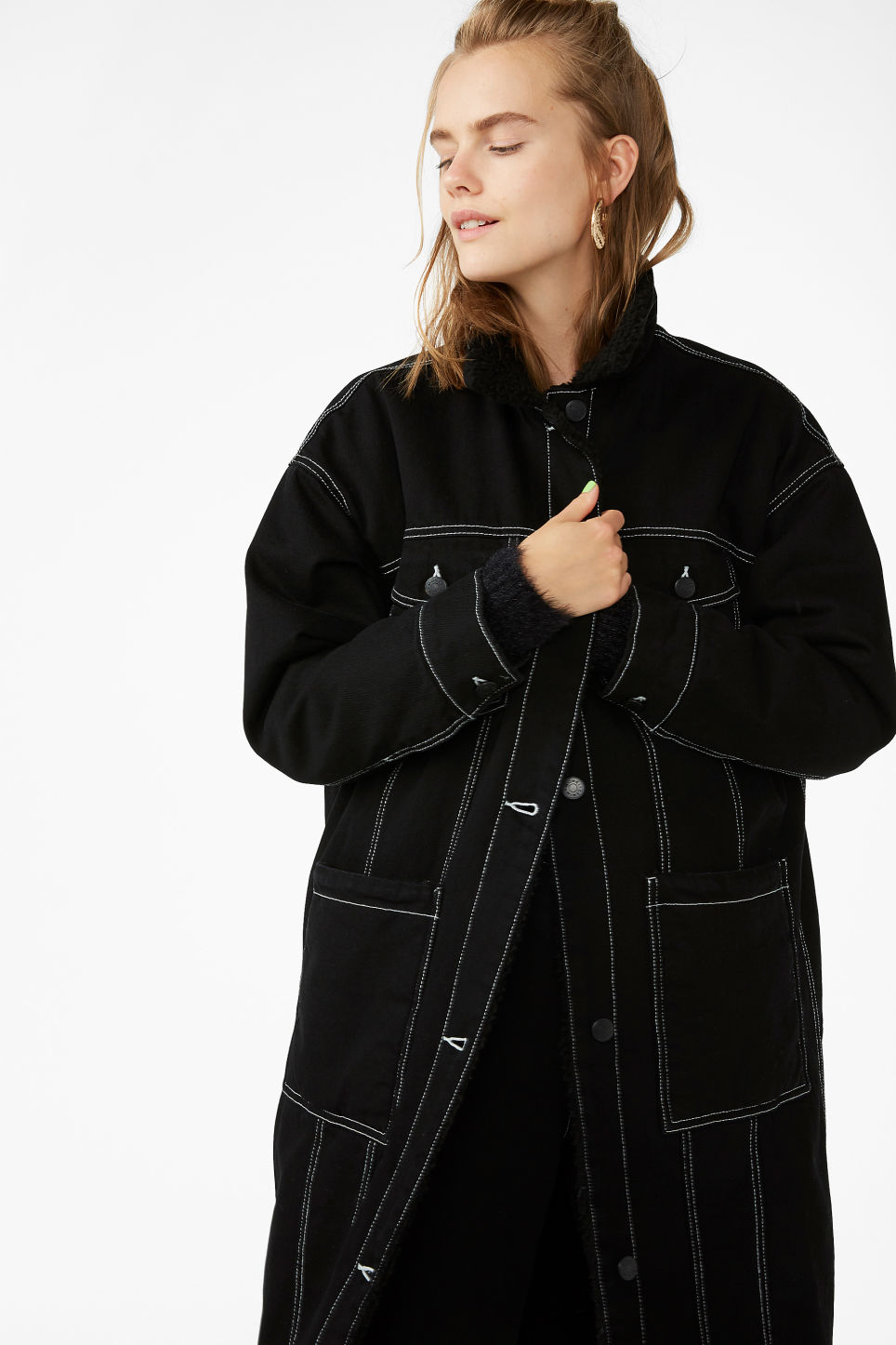 Model front image of Monki contrast stitch denim jacket  in black