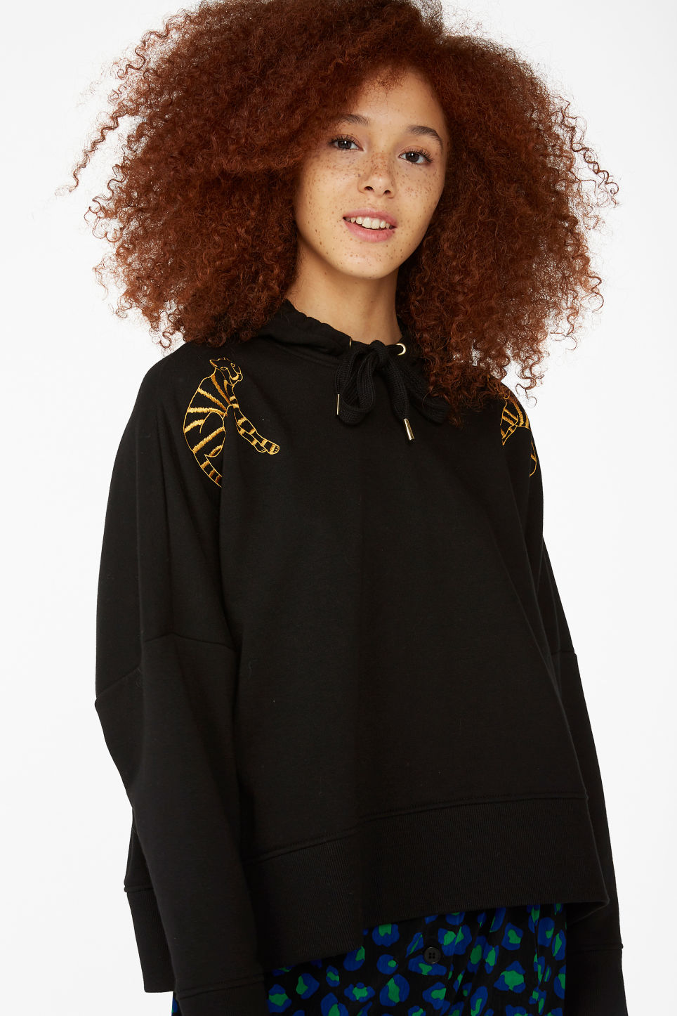 Model front image of Monki oversized hoodie in black