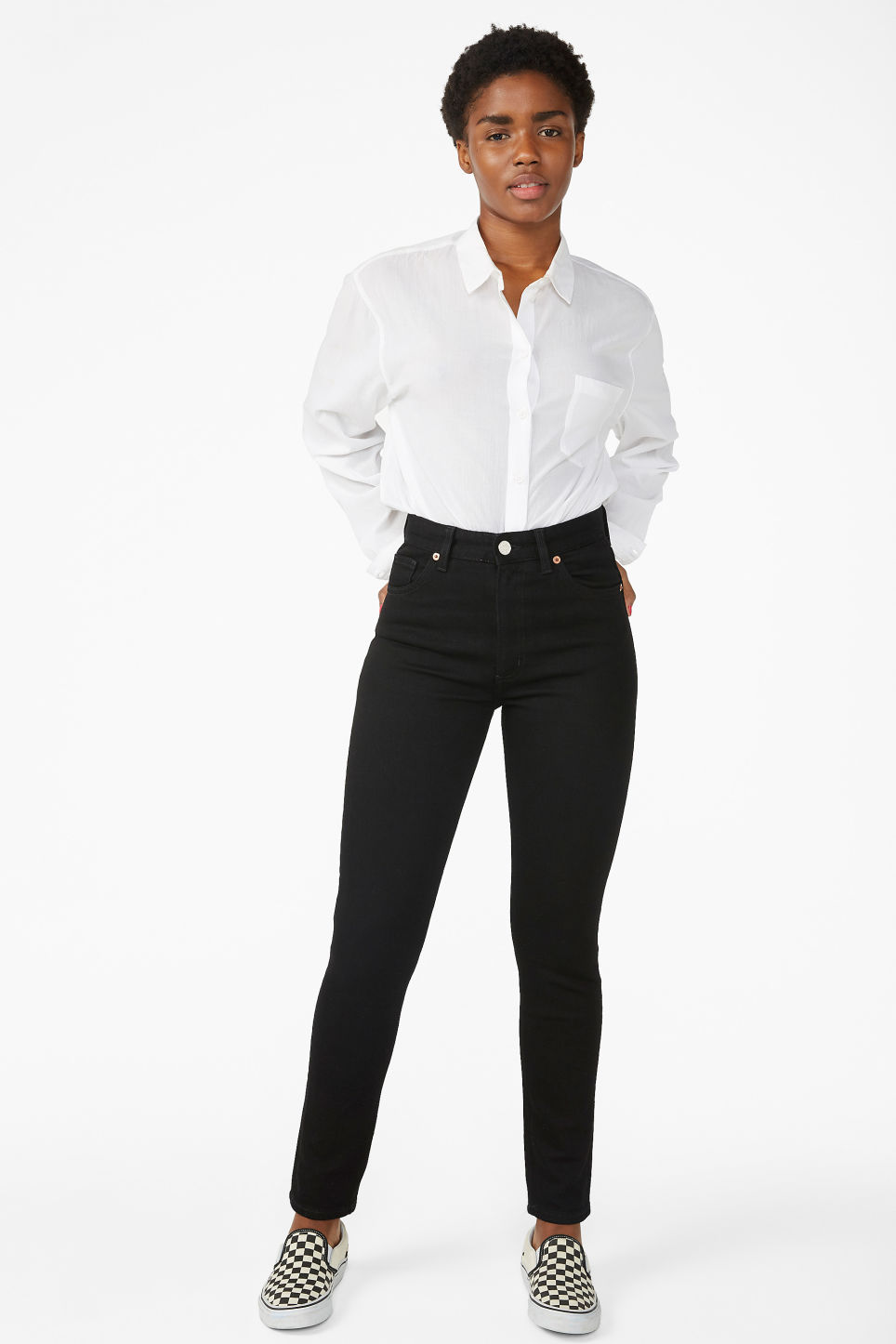 Model front image of Monki moop black jeans in black