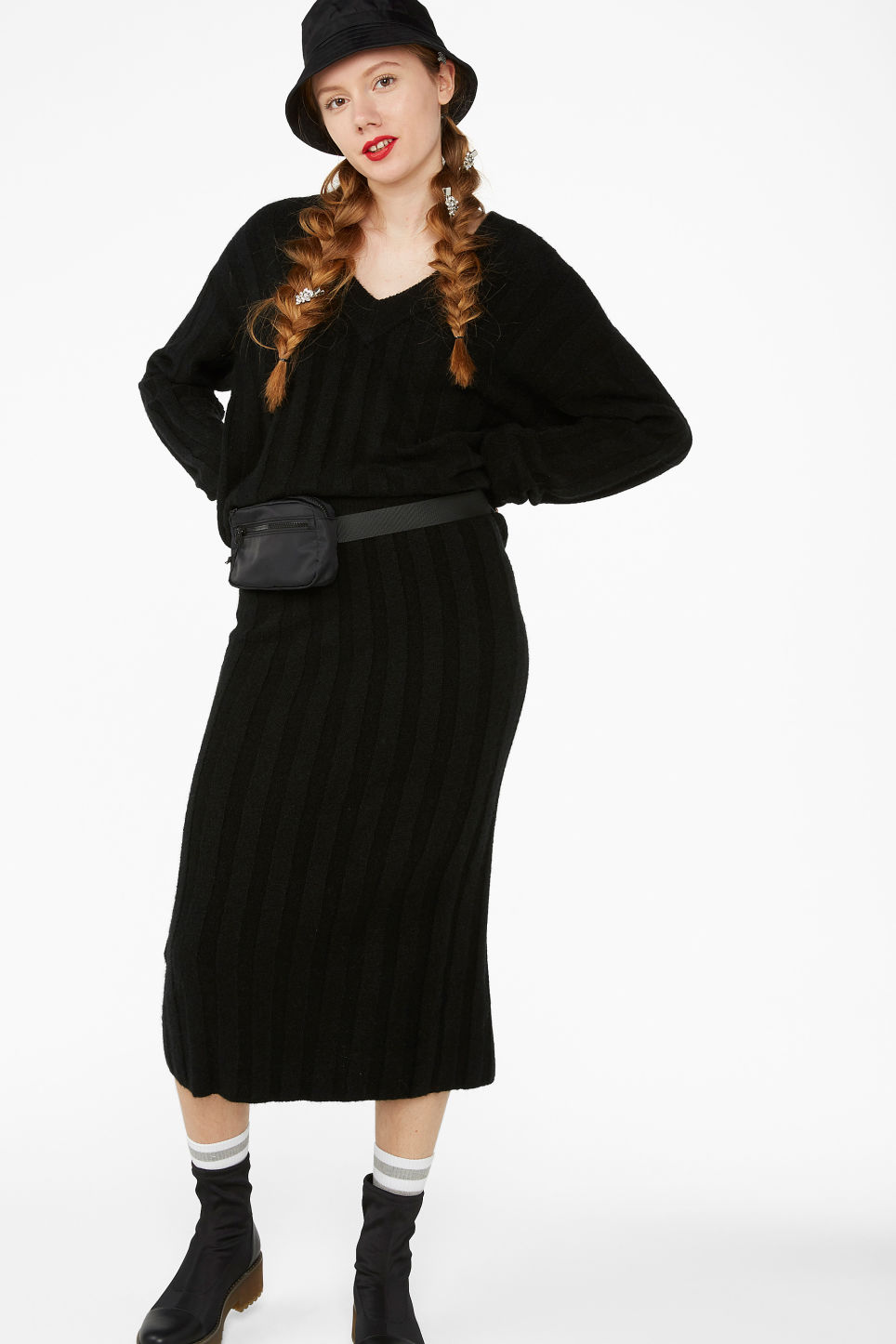 Model front image of Monki ribbed knit top in black