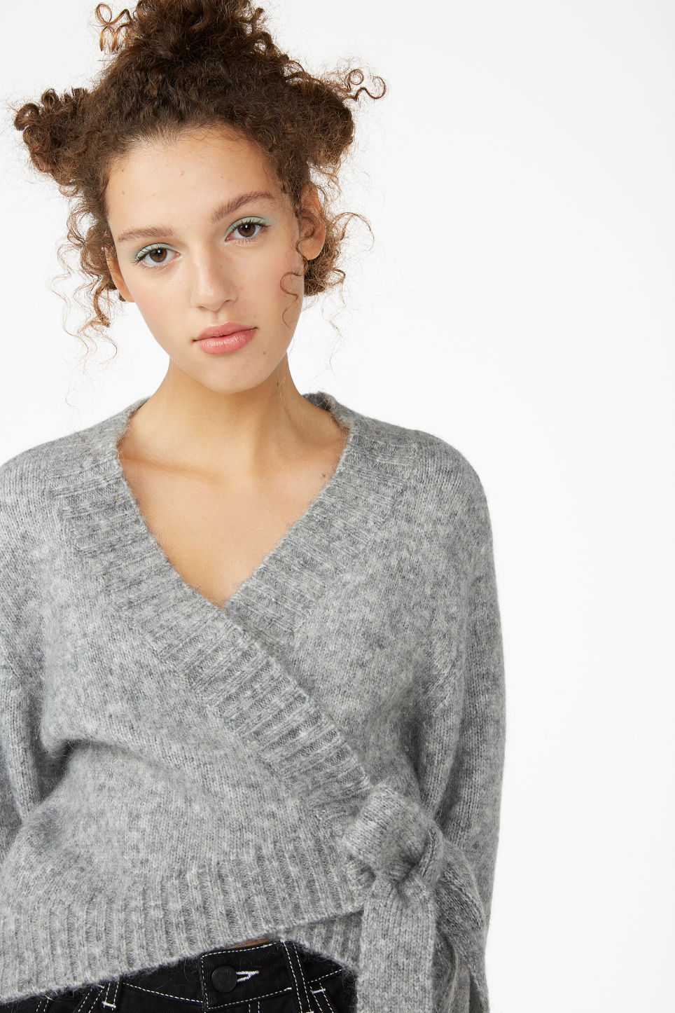 Model front image of Monki knitted wrap top in grey
