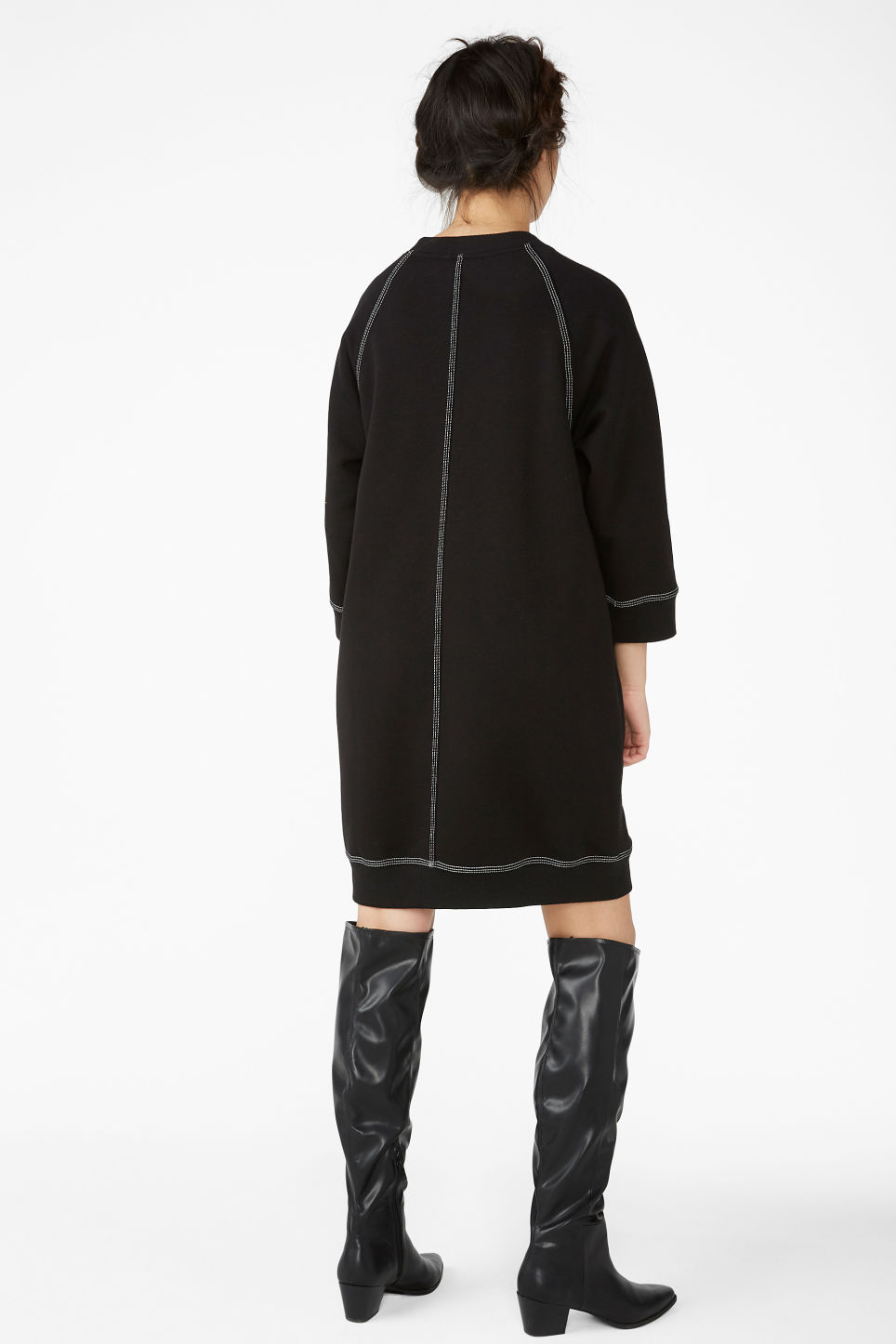 Model back image of Monki long sweater dress in black