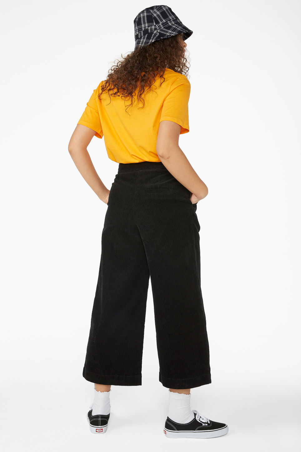 Model back image of Monki corduroy culottes in black