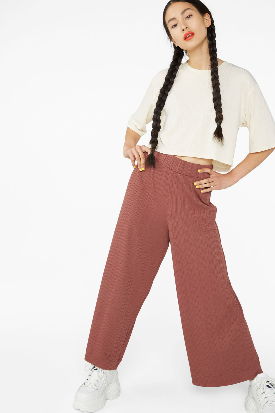 Model front image of Monki wide ribbed trousers in orange