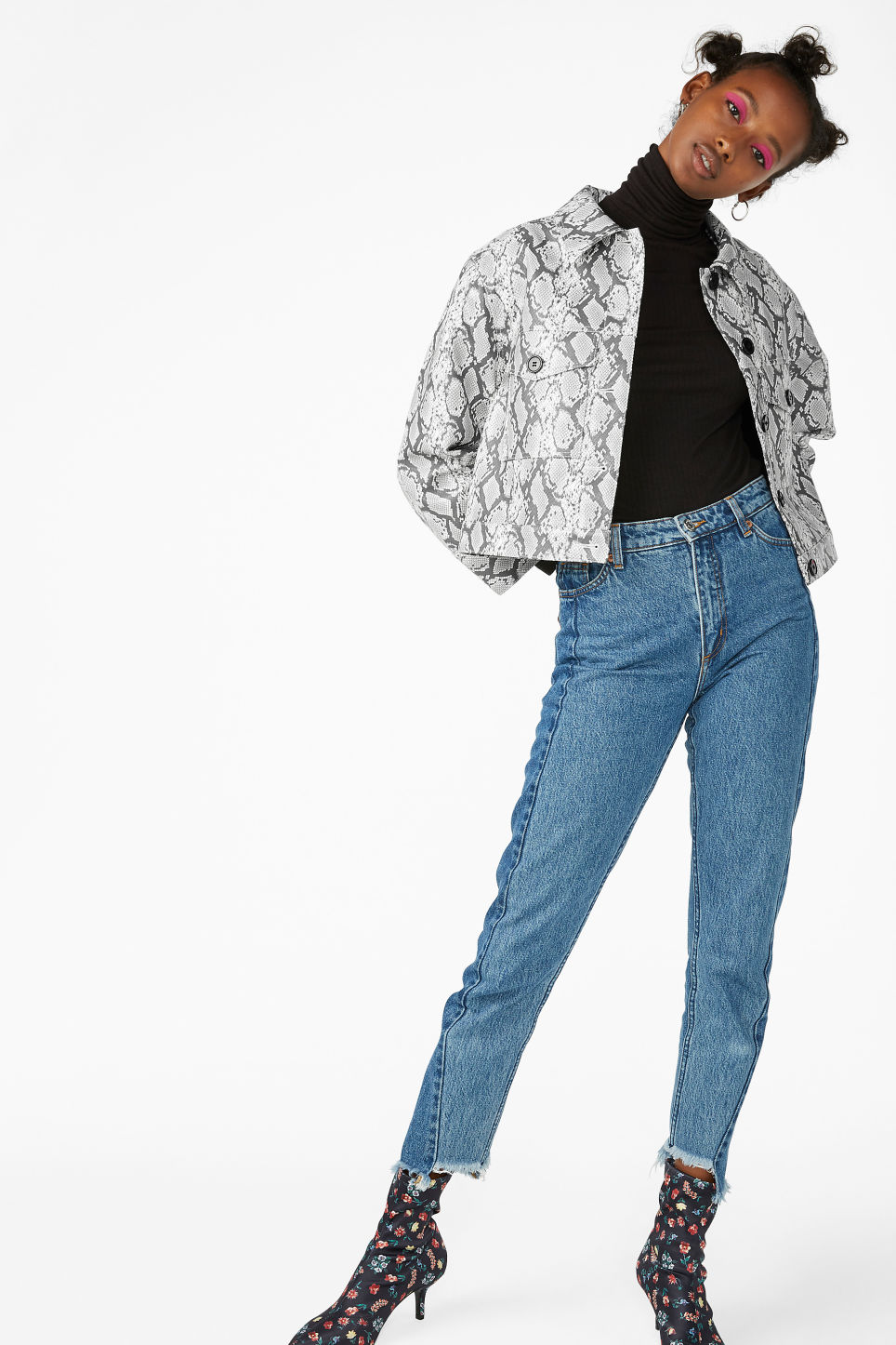 Model front image of Monki snake imitation jacket in white