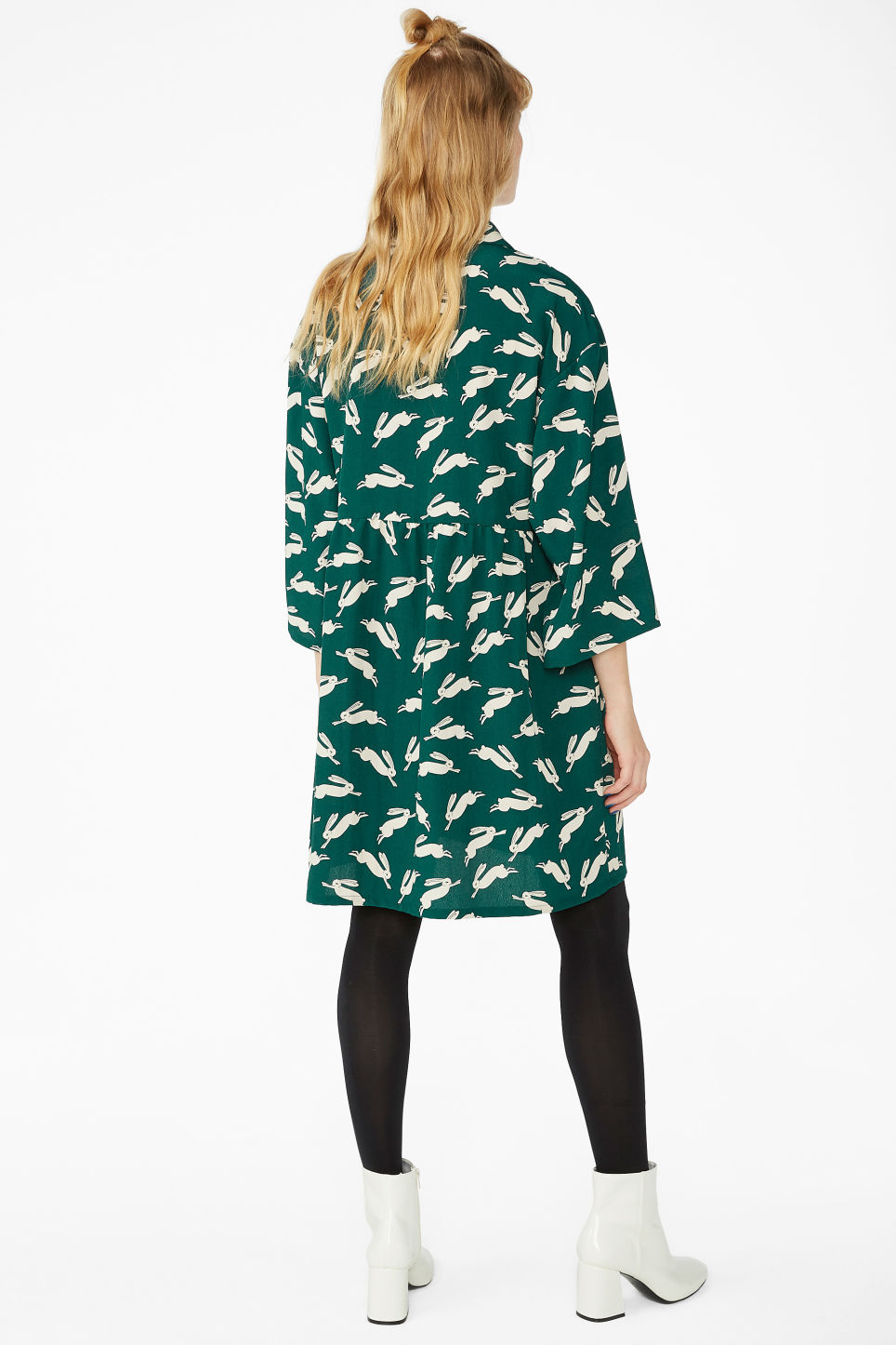 Model back image of Monki flowy buttoned dress in green