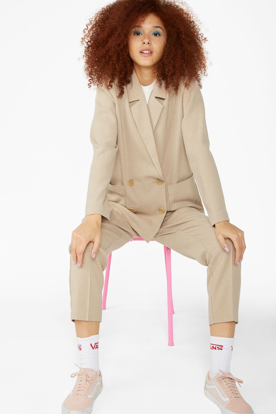 Model front image of Monki double breasted blazer in beige