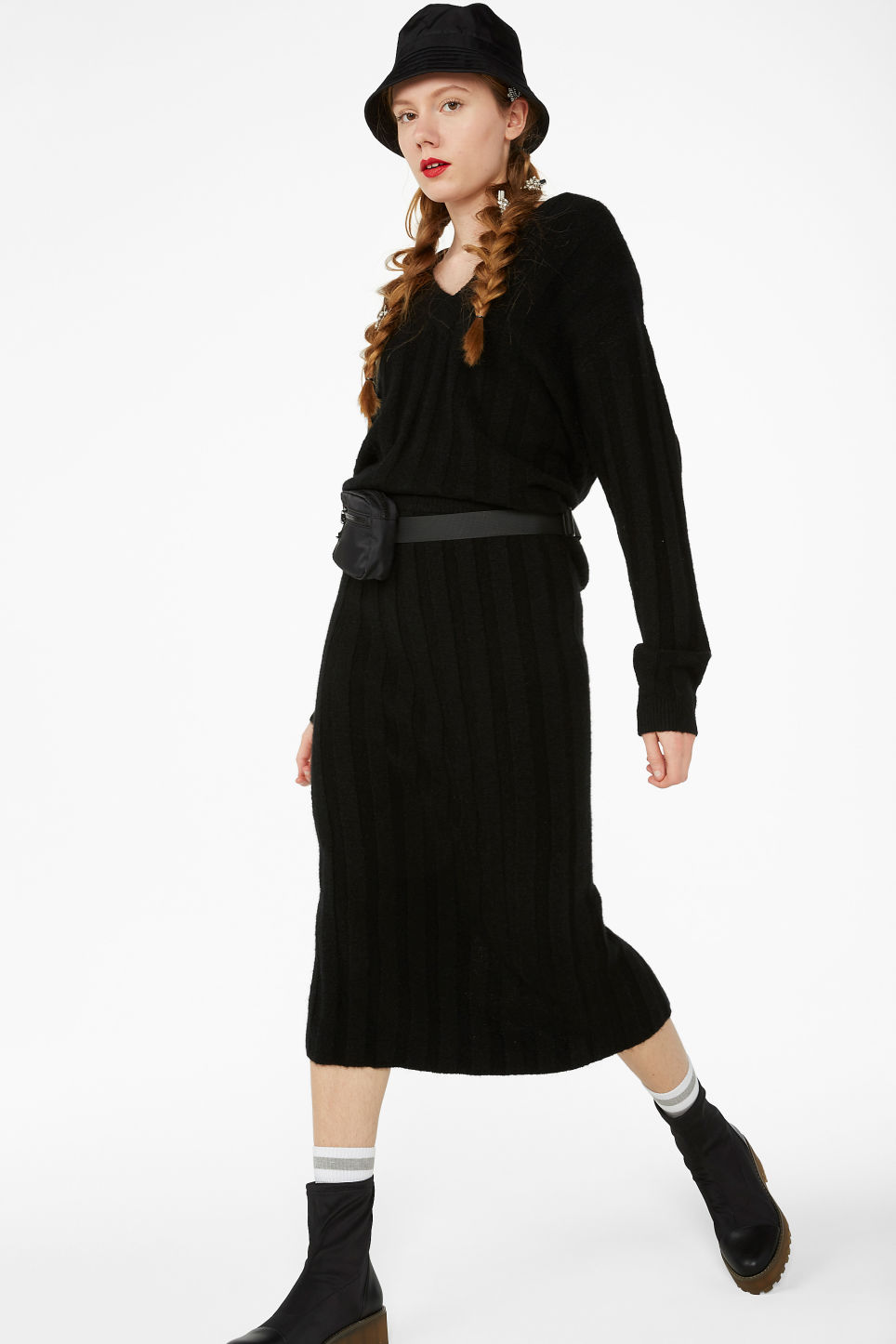 Model front image of Monki ribbed back-slit skirt in black
