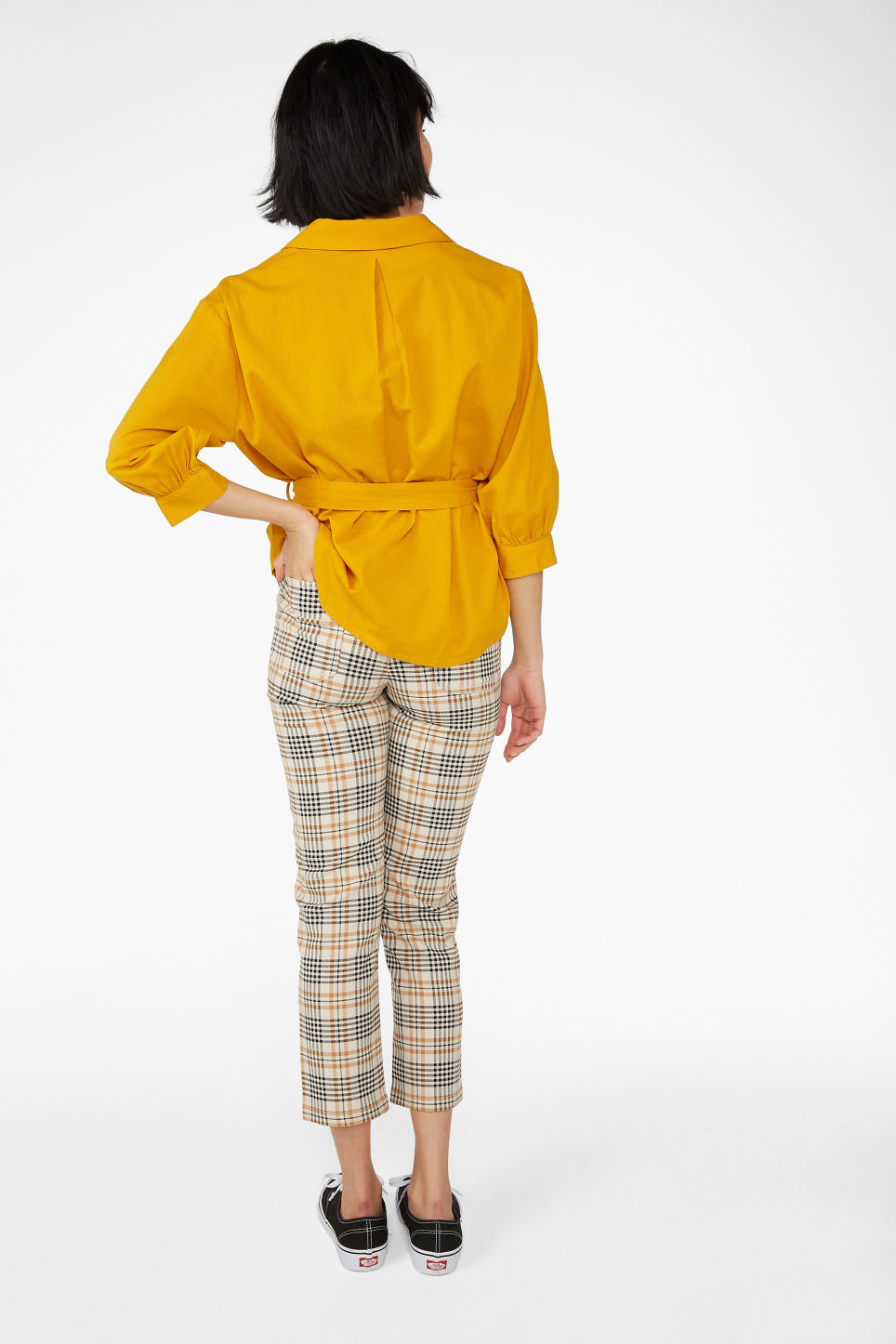 Model back image of Monki tie waist top in yellow