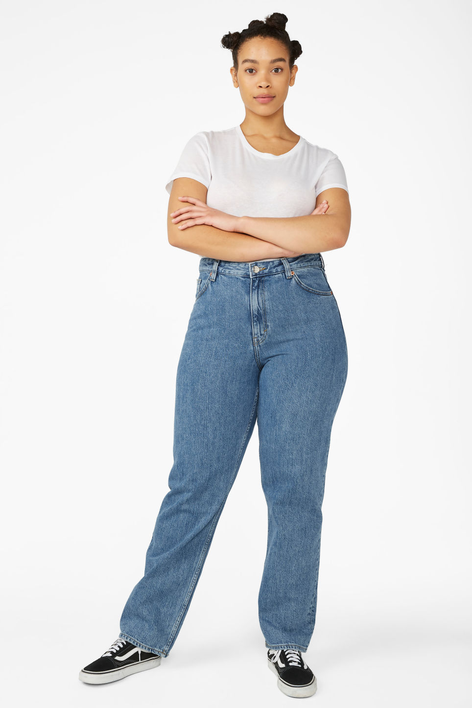 Model side image of Monki taiki straight leg blue jeans in blue