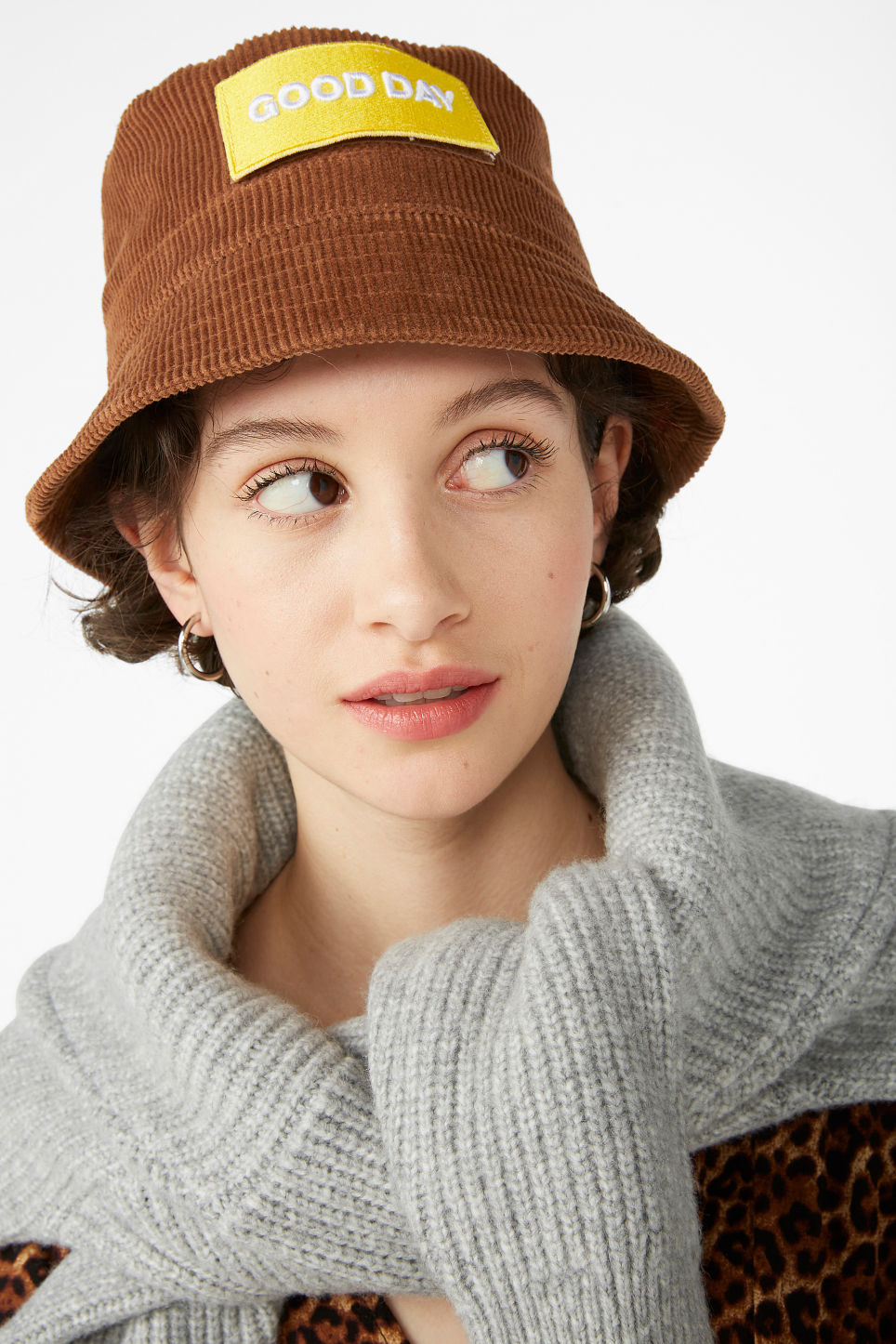 Model front image of Monki corduroy hat in orange