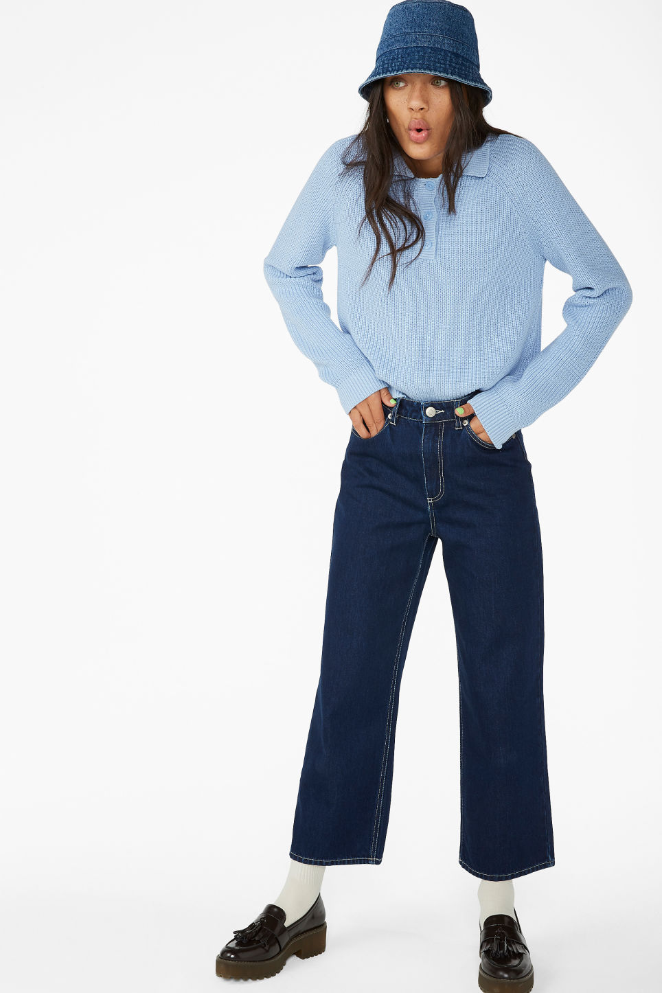 Model front image of Monki chunky ribbed top in blue