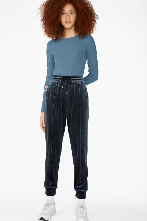 Tailored velvet trousers