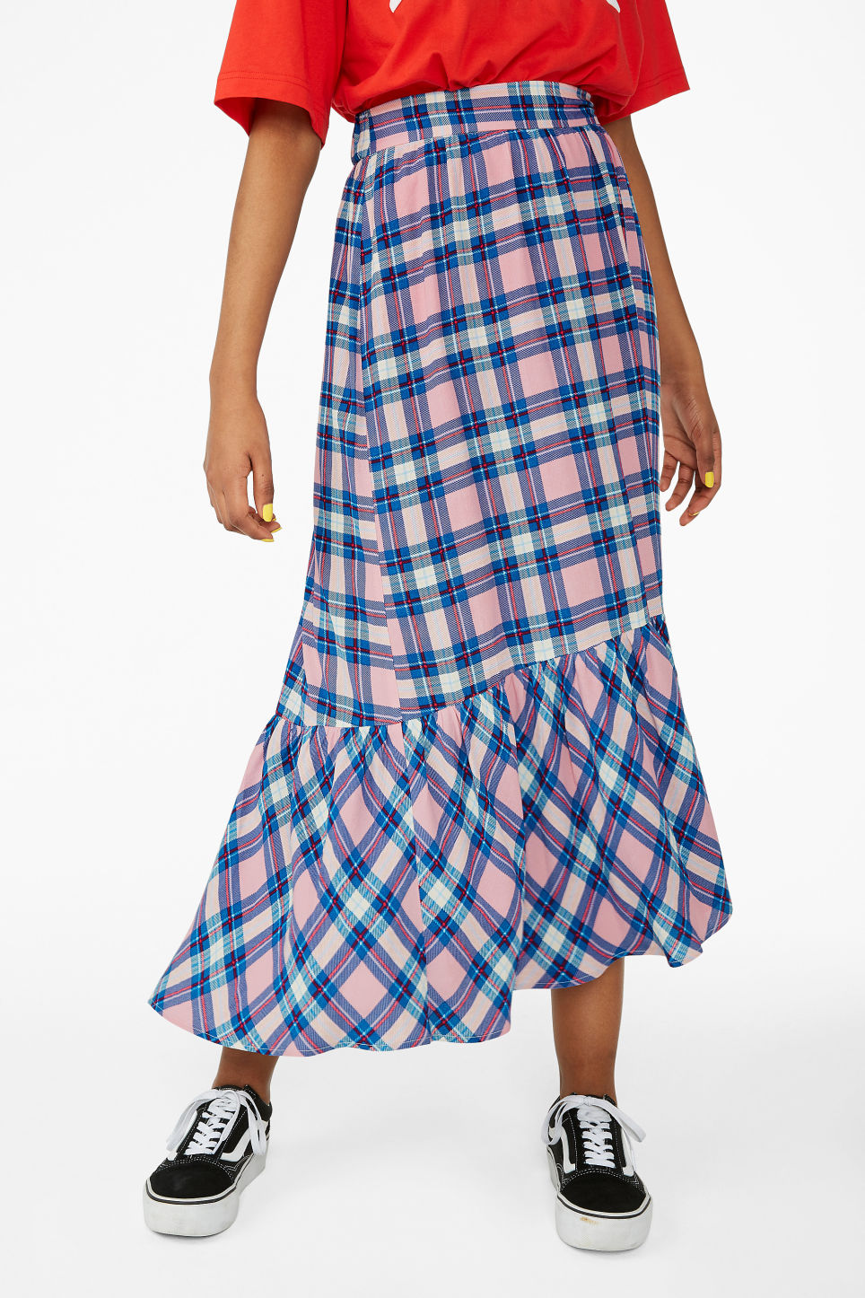 Model side image of Monki plaid flounce skirt in pink