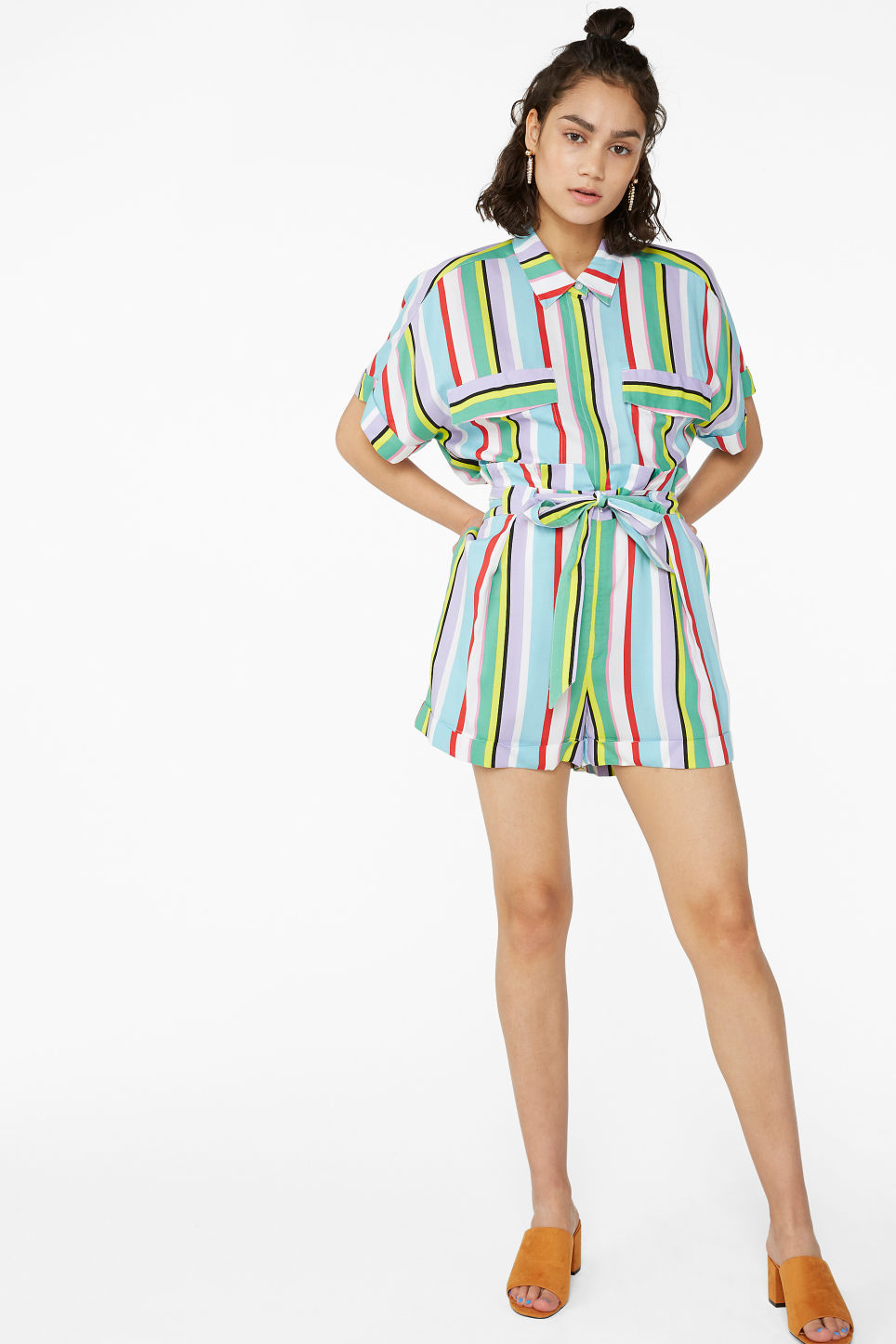 Model front image of Monki belted shorts in white