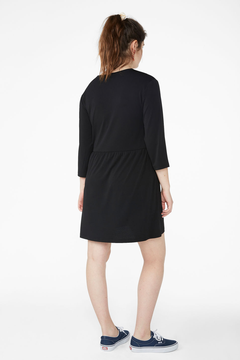 Model back image of Monki oversize v-neck dress in black