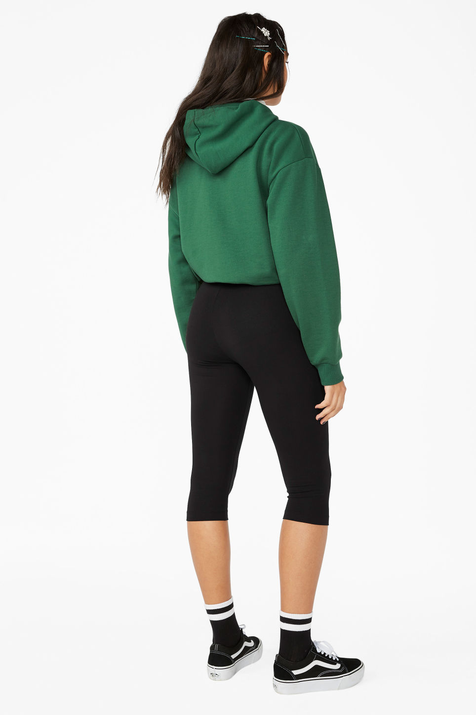 Model back image of Monki cropped leggings in black