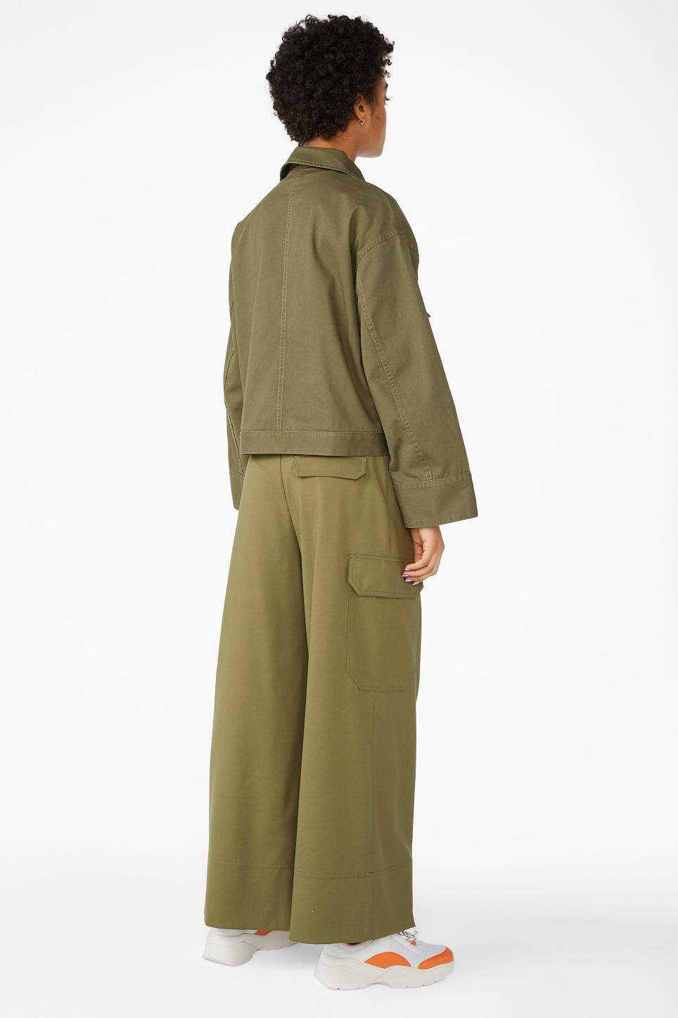 Model back image of Monki cropped utility jacket in green