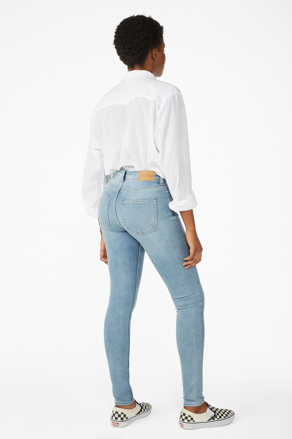 Model back image of Monki mocki washed out jeans in blue