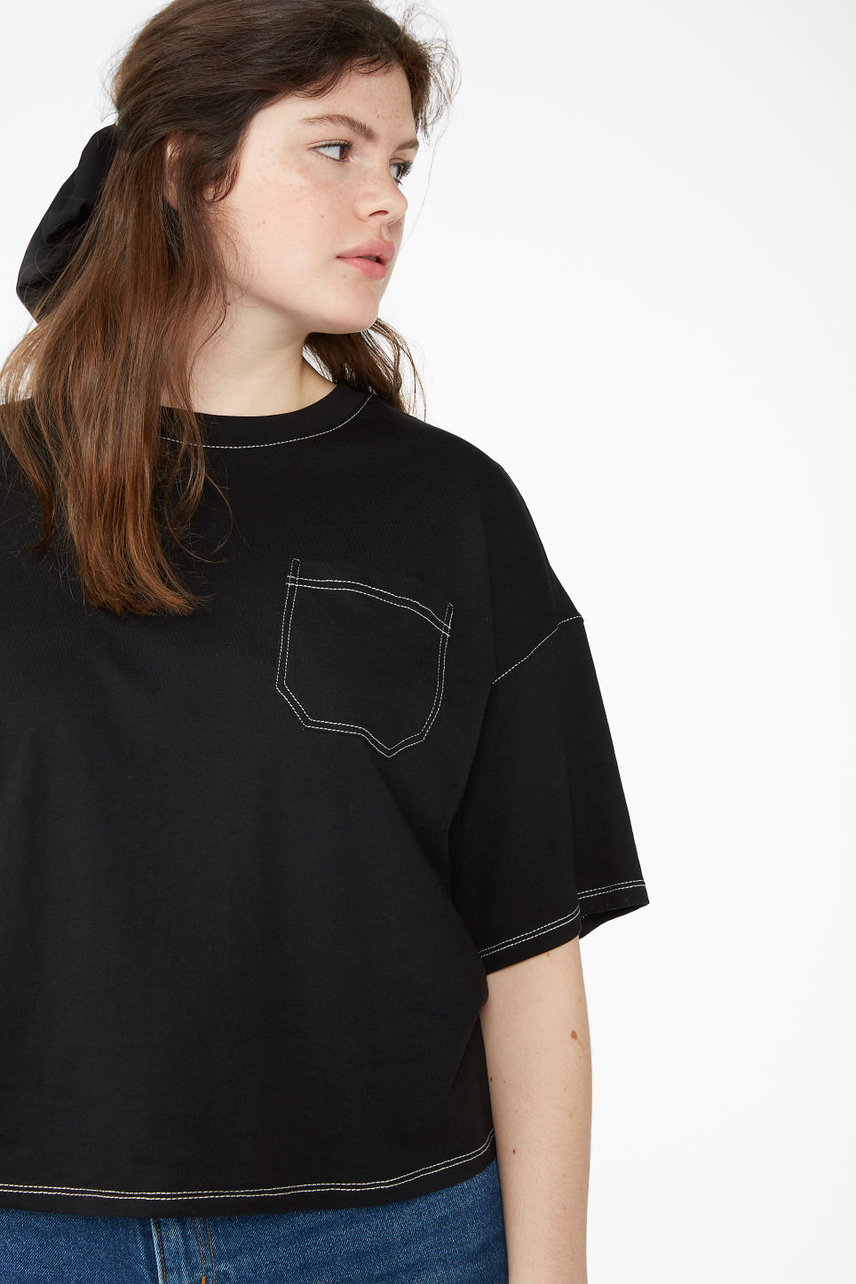 Model front image of Monki contrast stitch tee in black