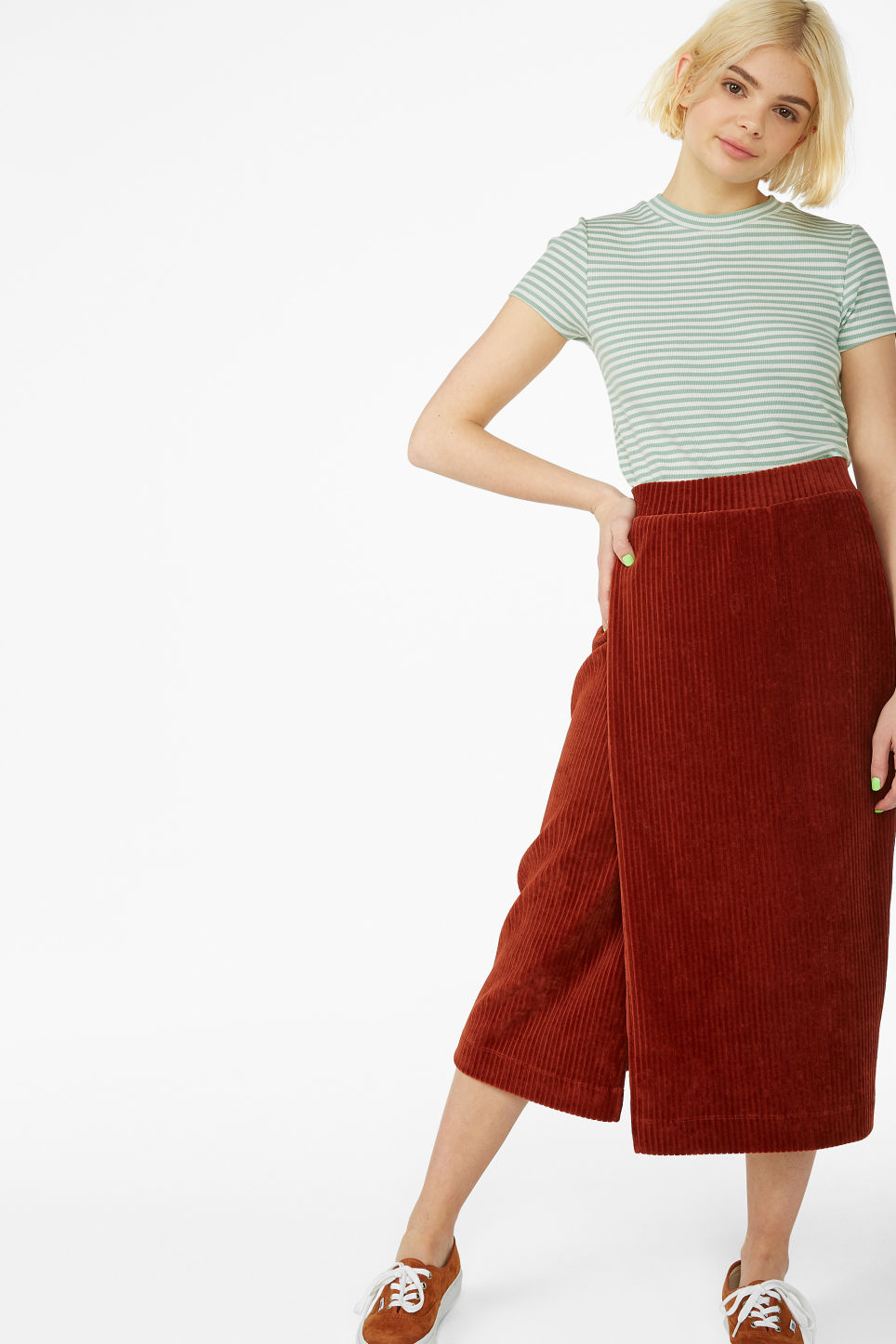 Model front image of Monki soft ribbed velour skirt in orange