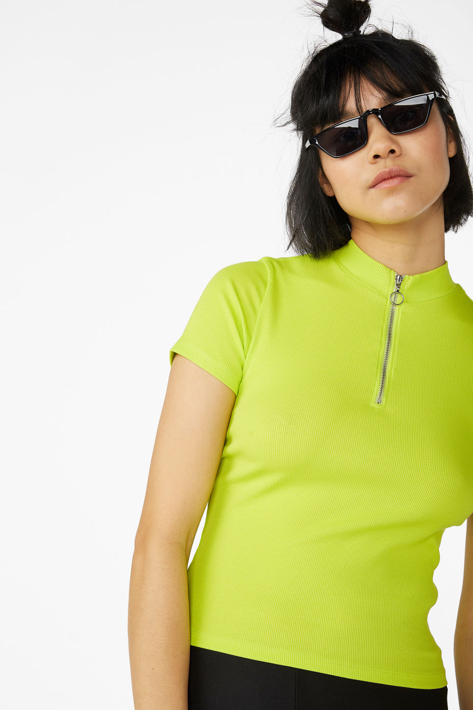 Model front image of Monki ribbed zip top in green