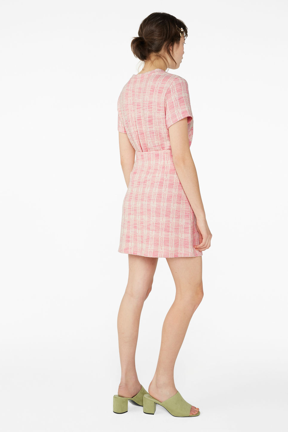 Model back image of Monki boucle mini skirt in pink