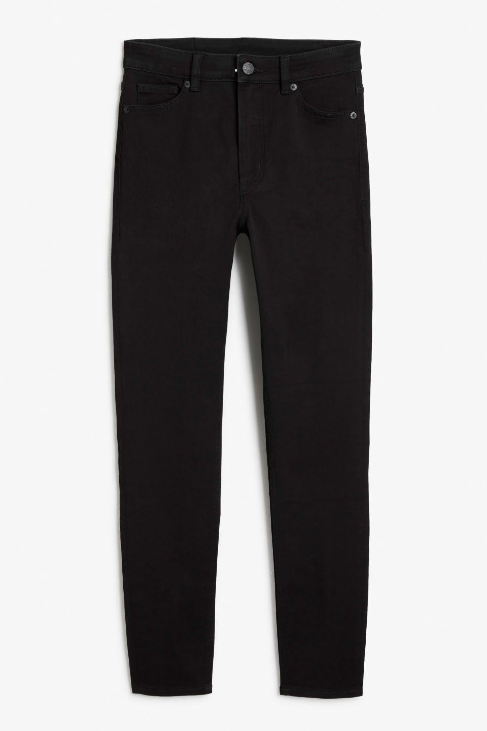 Front image of Monki oki cropped black deluxe in black