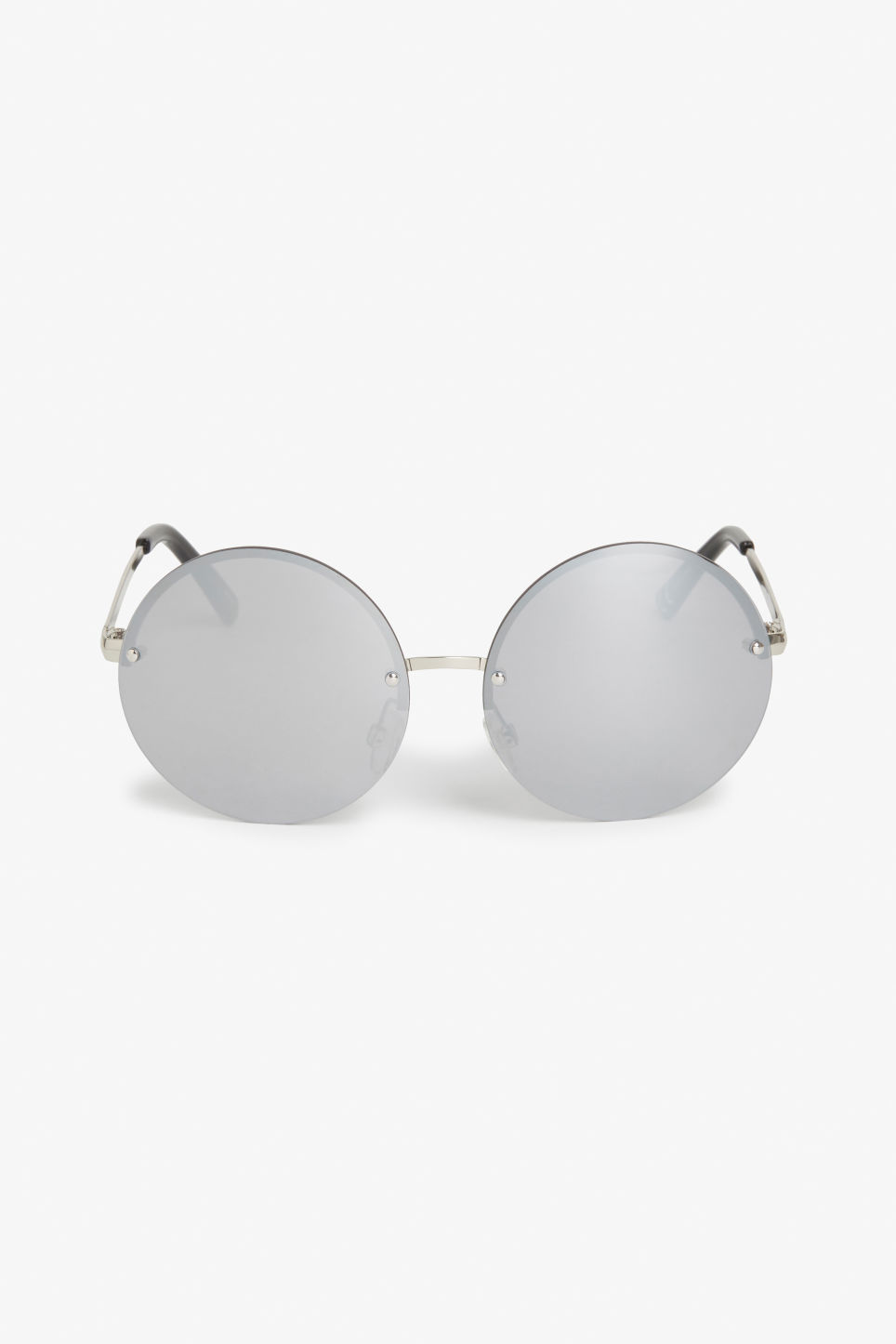 Front image of Monki 70s retro sunglasses in silver