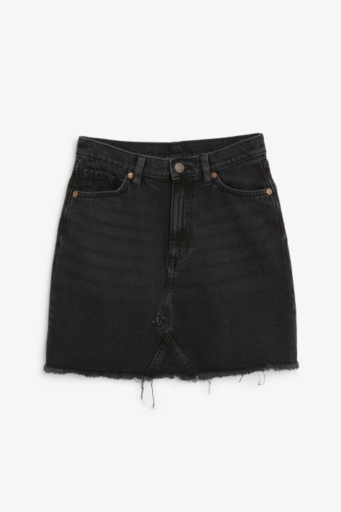 Frayed hem denim skirt