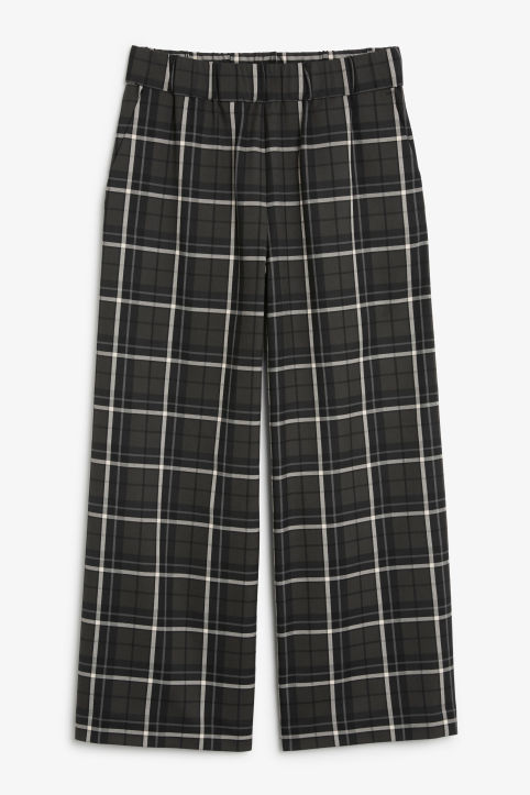 Wide swing trousers