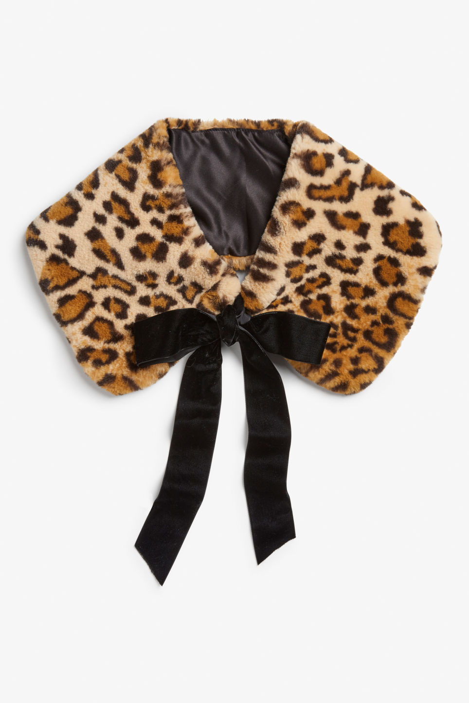 Front image of Monki faux fur leopard collar in beige