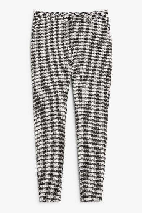 Front image of Monki dressy tapered trousers in white
