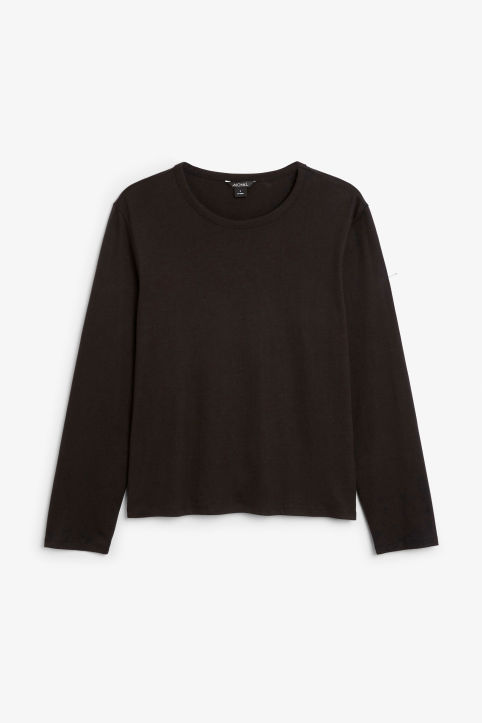 Soft long-sleeved top