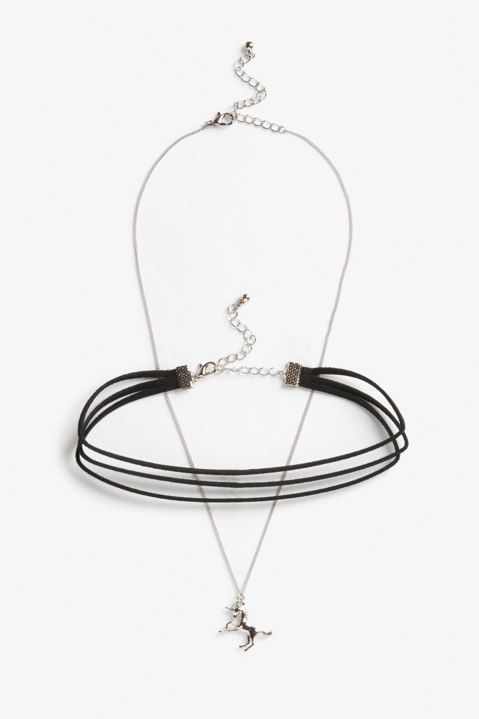 Front image of Monki choker/necklace set in black