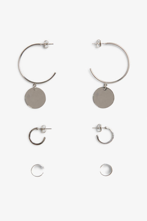 Assorted silvery earrings