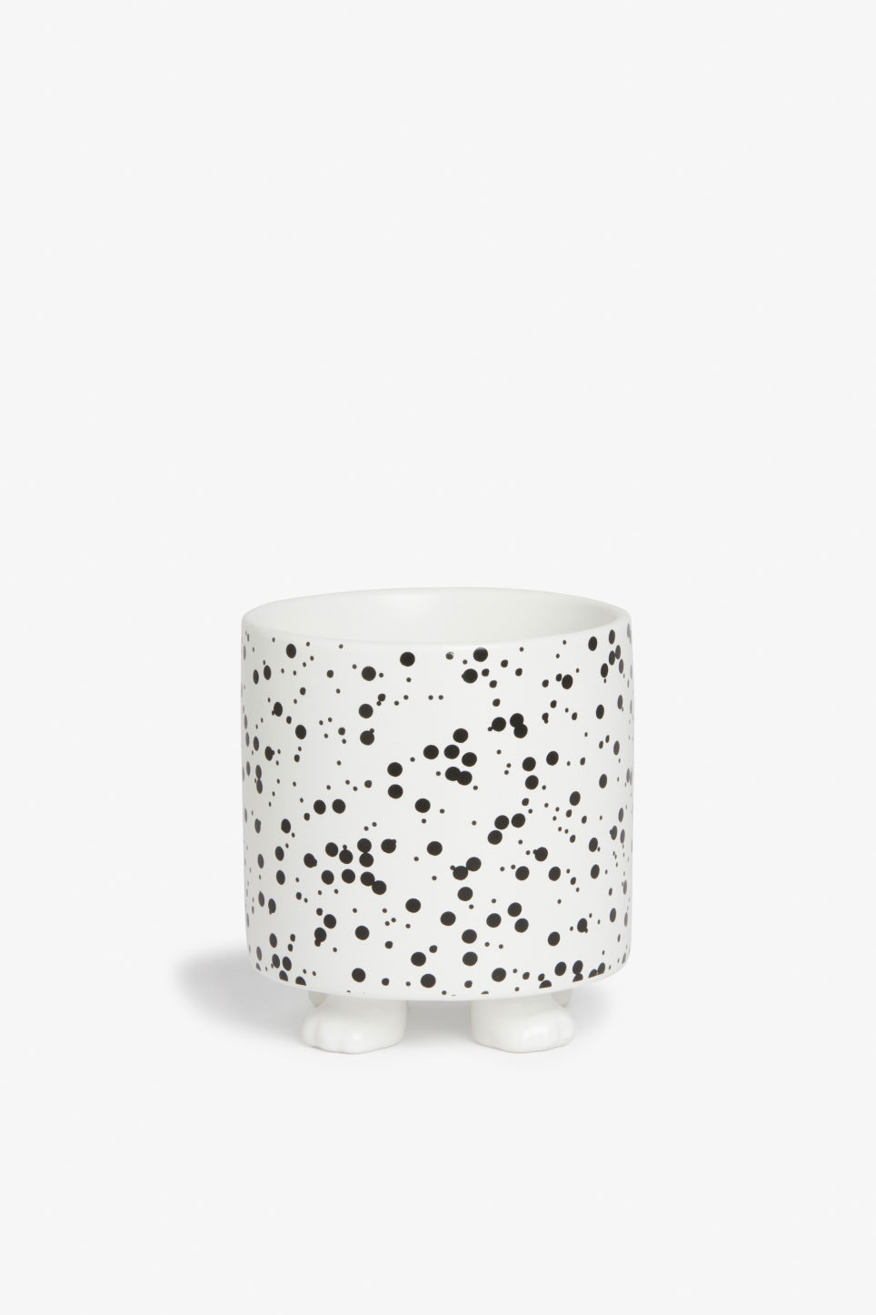 Front image of Monki pot with feet in white