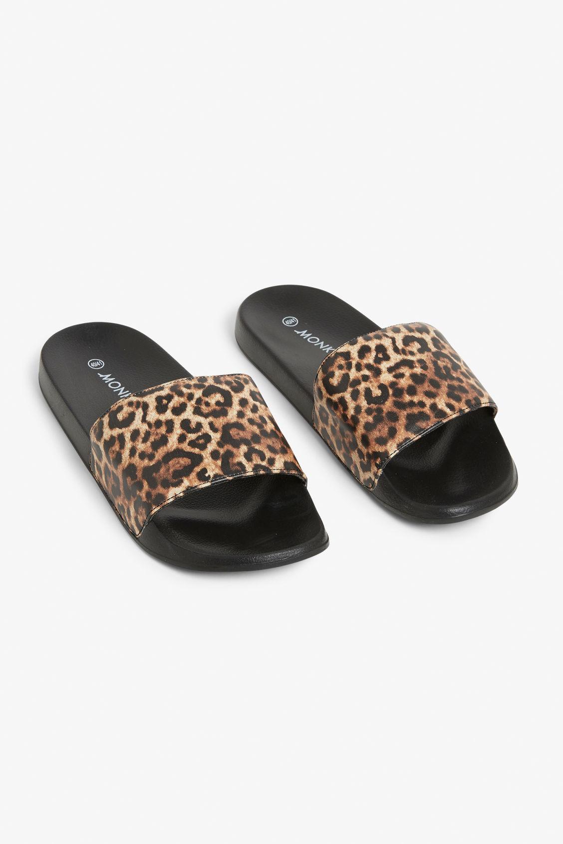 92c54605dc5 Beach sandals - Leopard print - Shoes - Monki