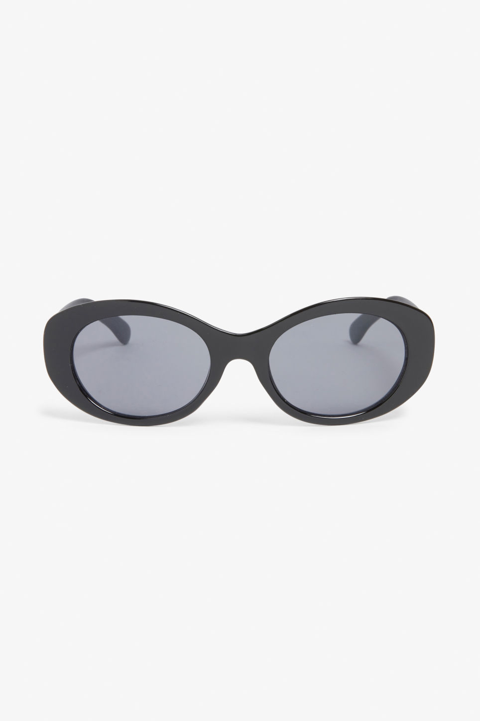 Front image of Monki oval lense shades in black