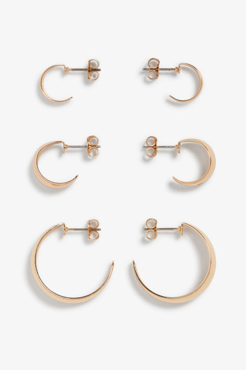 Front image of Monki assorted hoop earrings in gold