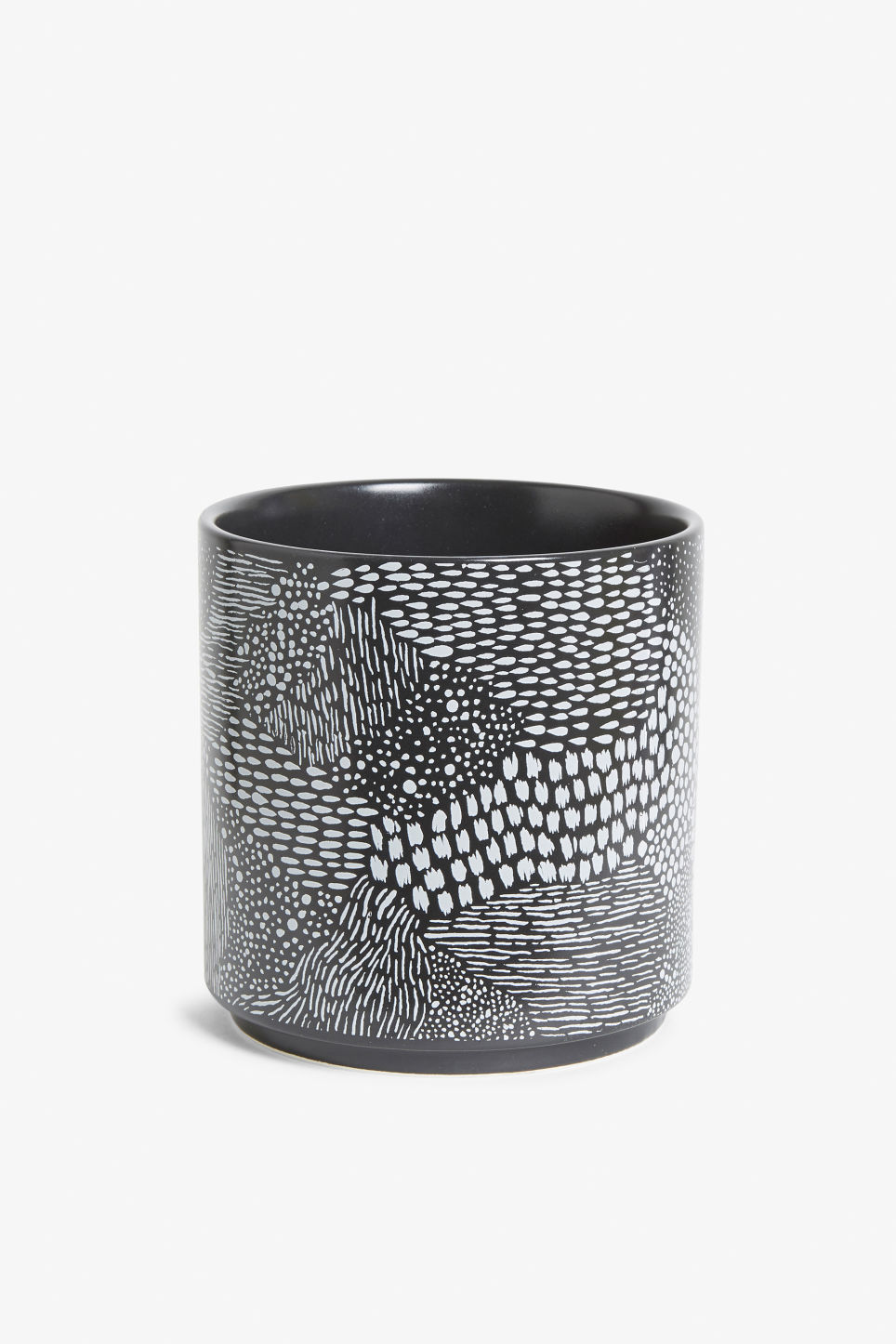 Front image of Monki ceramic pot in black