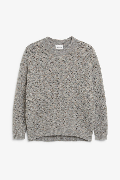 Super-soft knitted sweater