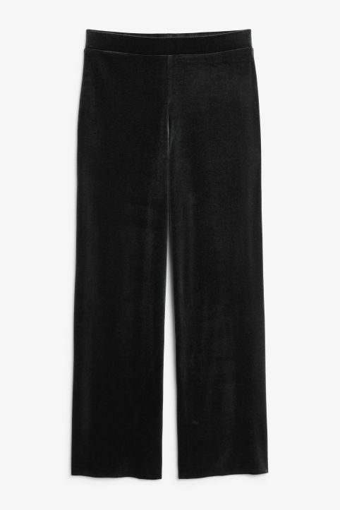 Wide velvet trousers