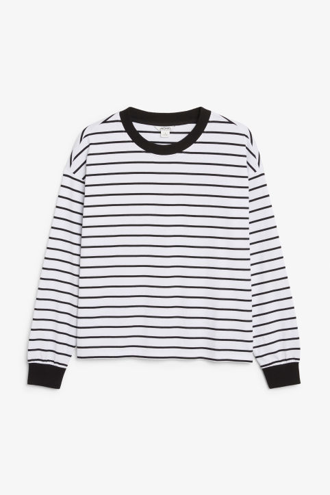 Long-sleeved retro t-shirt