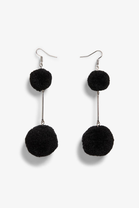 Fluffy ball earrings