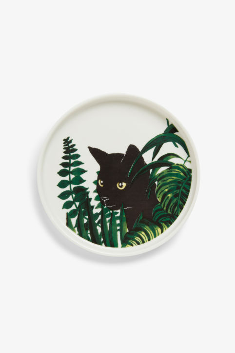 Front image of Monki decorative plate in green