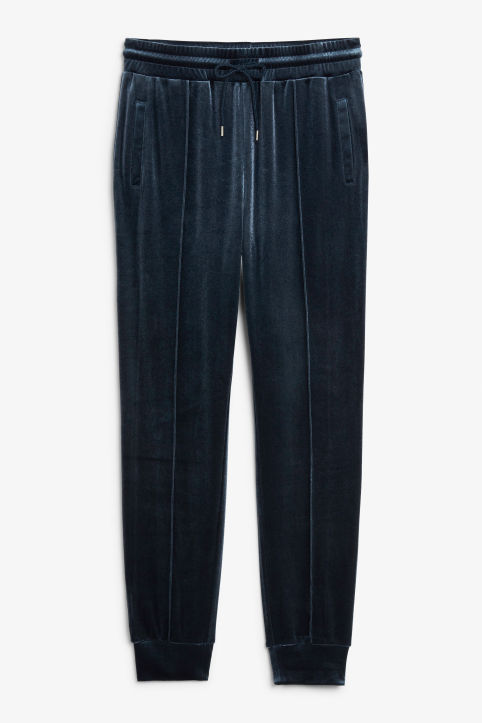 Front image of Monki tailored velvet trousers in blue
