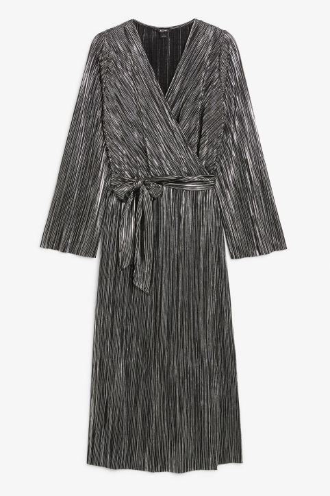 Plissé wrap dress