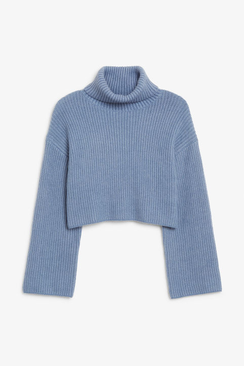 Turtleneck knit top