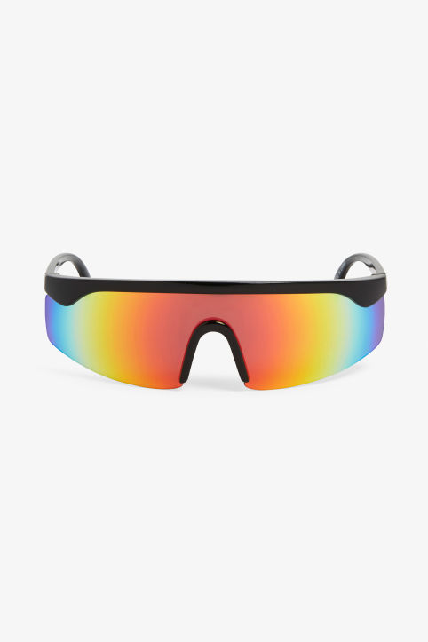 Gradient lens sunglasses